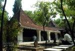 makam Batoro Katong